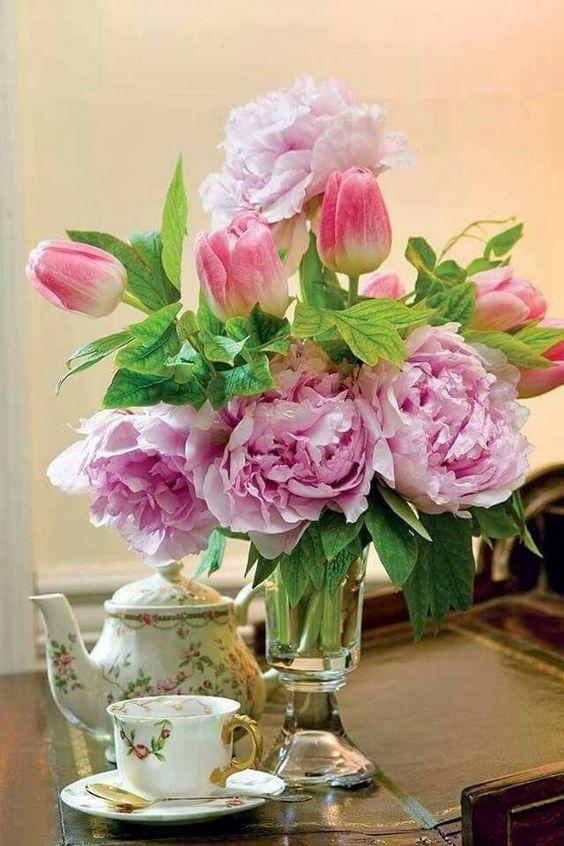 Những điều cấm kỵ khi đặt bình hoa khiến hôn nhân bất hòa
