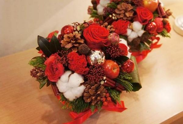 Khéo tay học cách cắm hoa trang trí giáng sinh