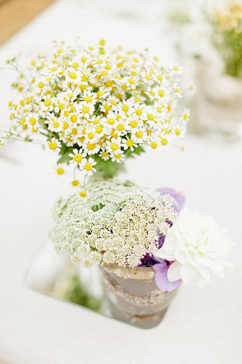 Bỏ túi cách cắm hoa cúc trang trí tết