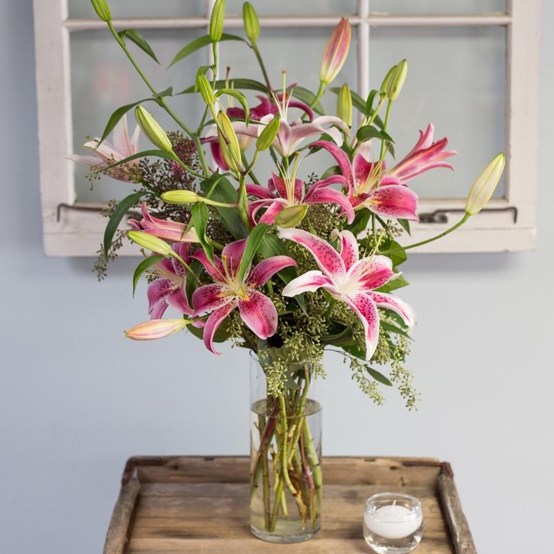 Mẹo chọn hoa ly chơi Tết nhiều lộc lá đầu năm