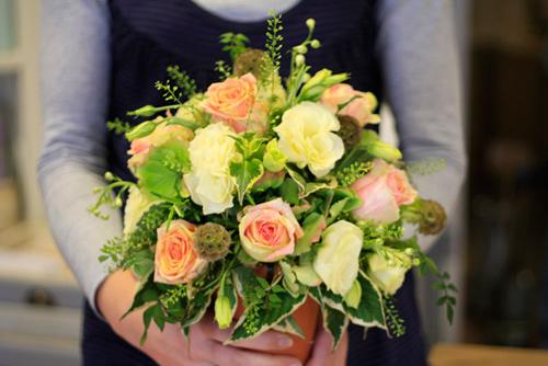 Cách cắm hoa hồng tuyệt đẹp
