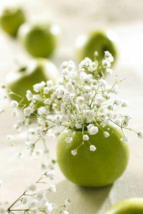 Cắm hoa xen quả