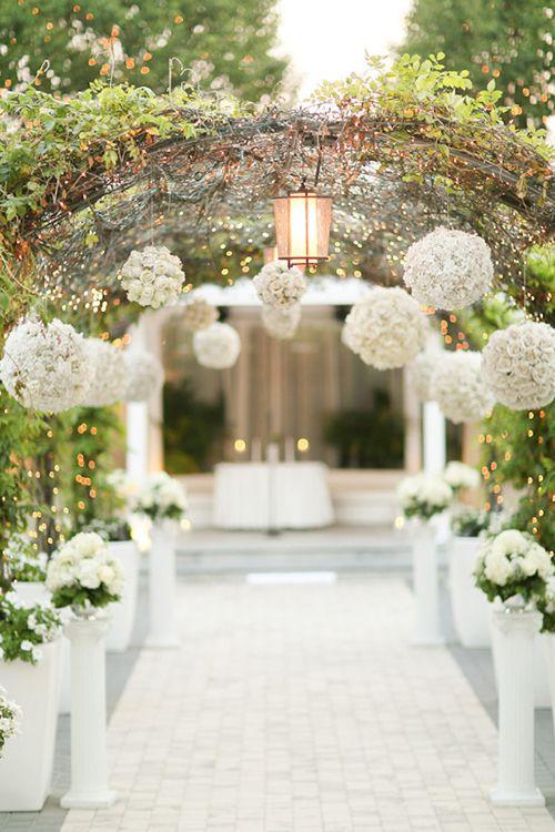 Choáng ngợp với thiên đường hoa cưới