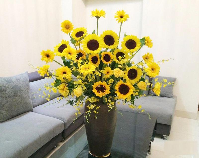 Bí quyết làm sống dậy những bông hoa héo rũ