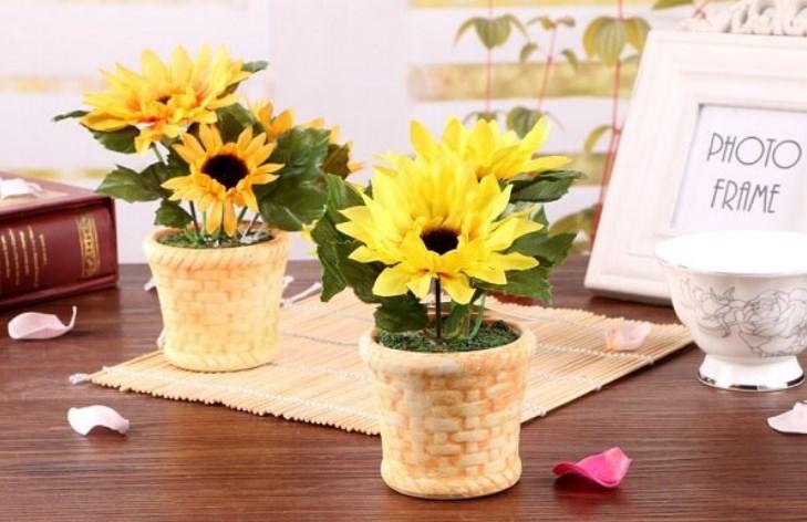 Hoa để bàn làm việc theo mệnh hợp phong thủy