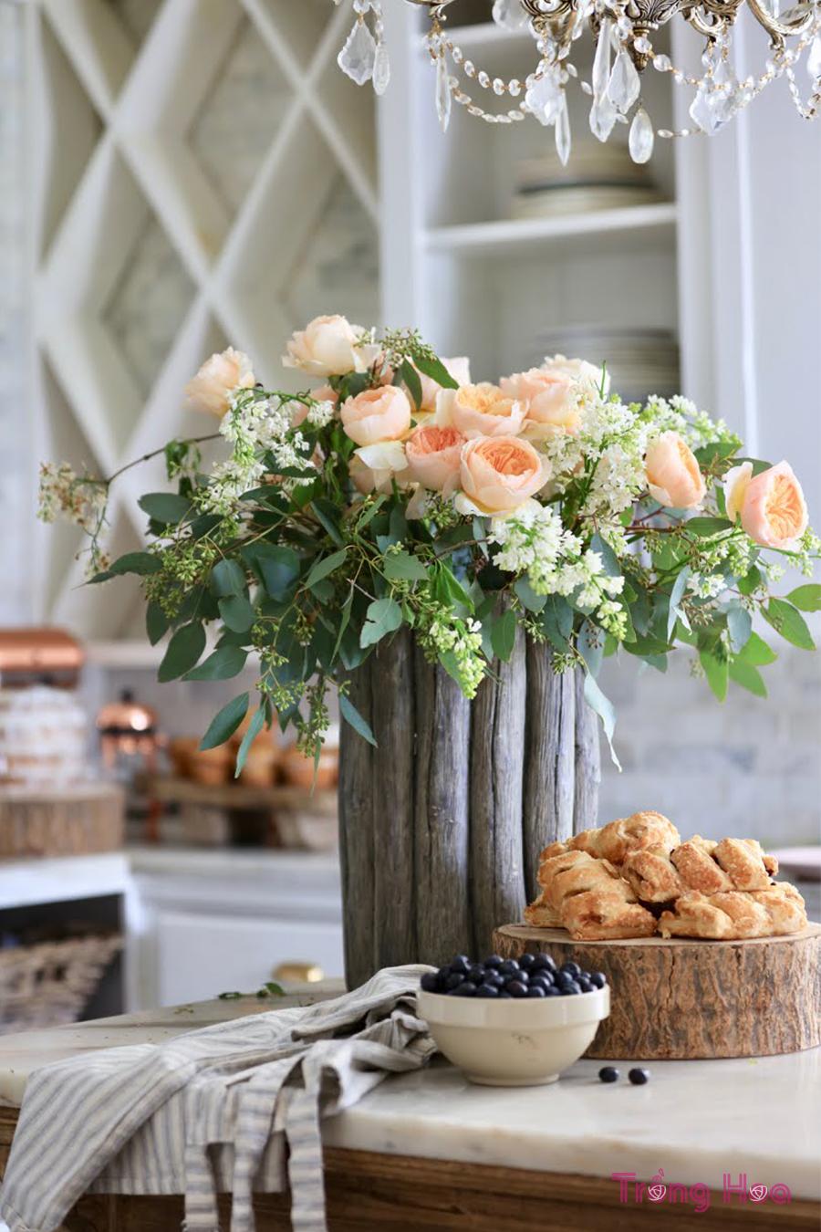 Học cách cắm hoa trang nhã